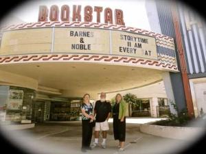 Loma-Theatre-Signing-2014